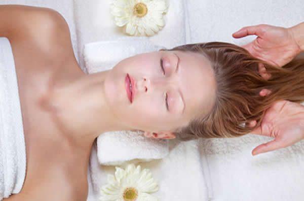 massagem capilar queda de cabelo